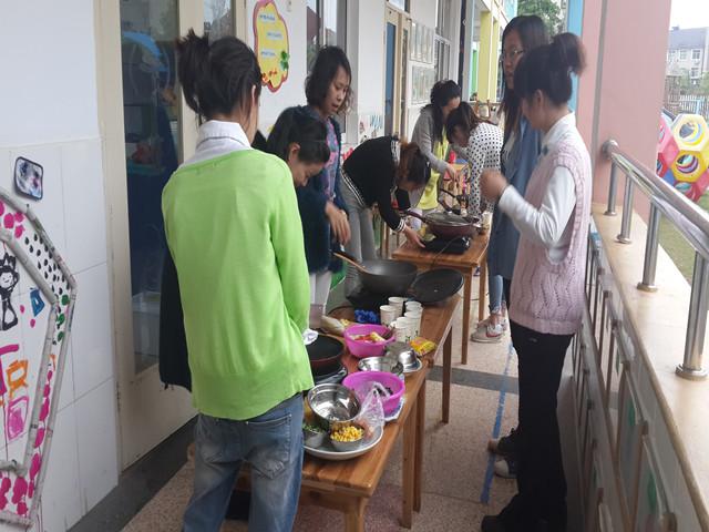 紫梅幼儿园工会开展厨艺大比拼活动