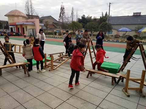 安城幼儿园户外游戏活动评比报道