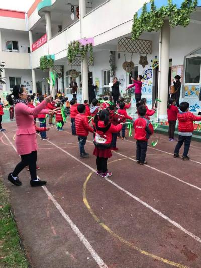 上柏幼儿园举行早操比赛报道